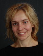 Dr. Csoszánszki Nóra